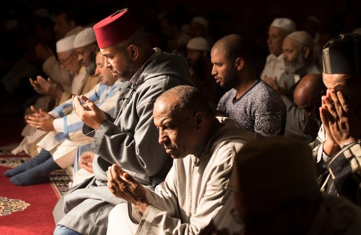 """هل يثق المغاربة في """"علماء"""" دينهم؟"""