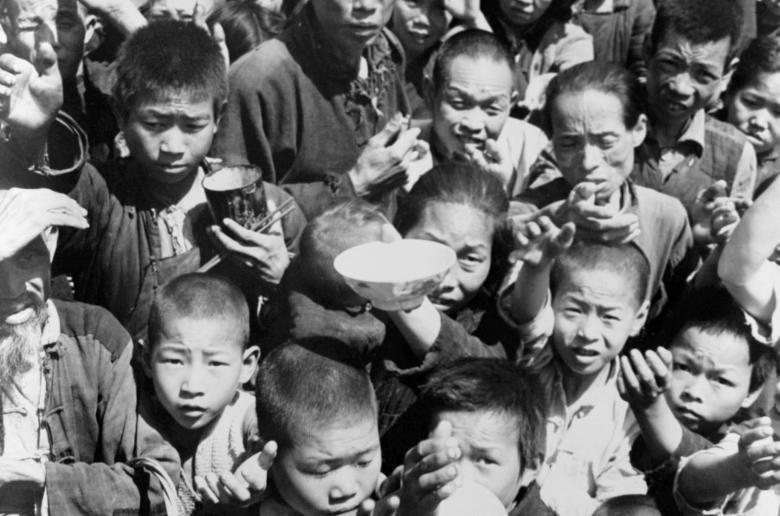 صناعة الجوع وخرافة الندرة