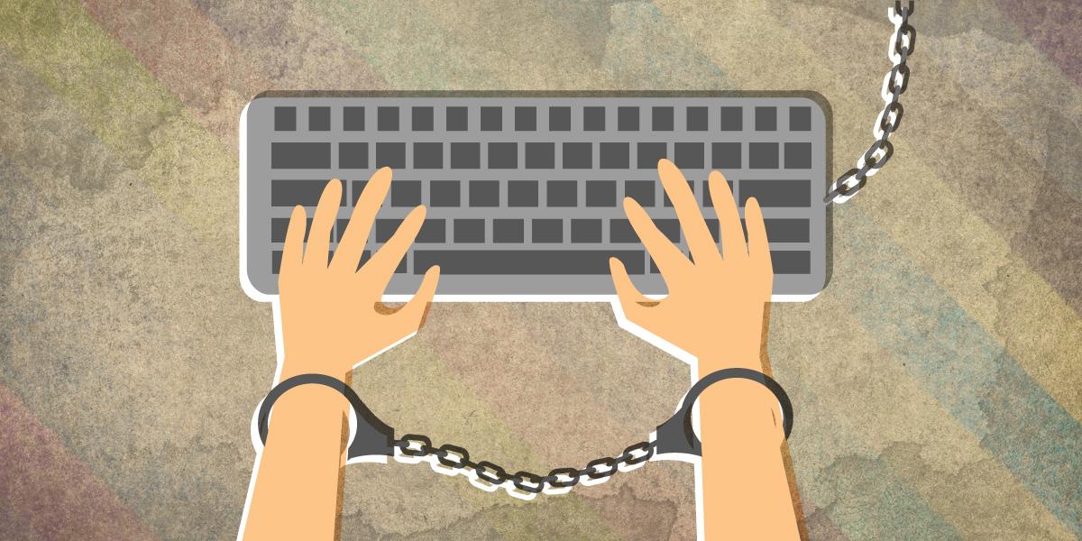 حرية الرأي والتعبير، الرقابة على مواقع التواصل الاجتماعي