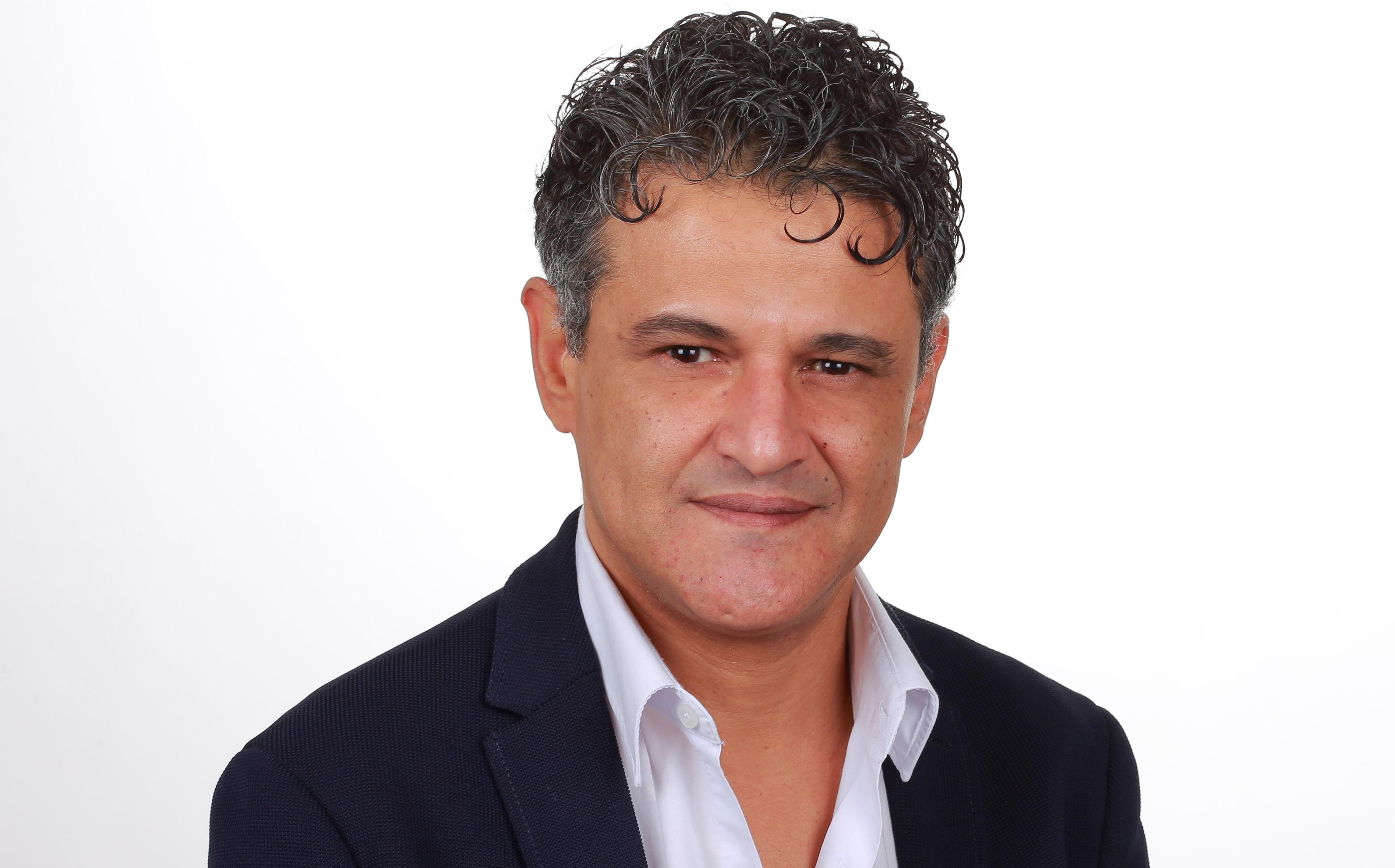 هشام روزاق