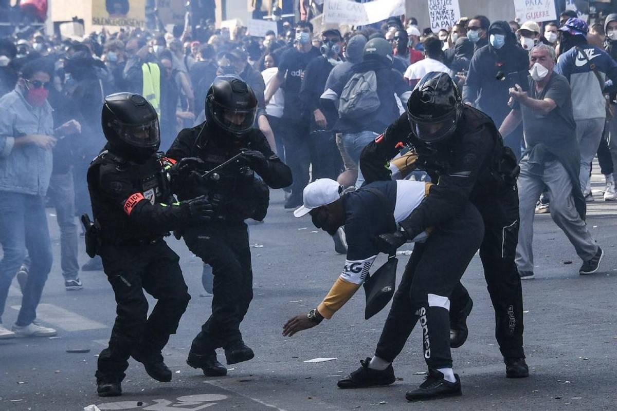 عنف الشرطة في فرنسا