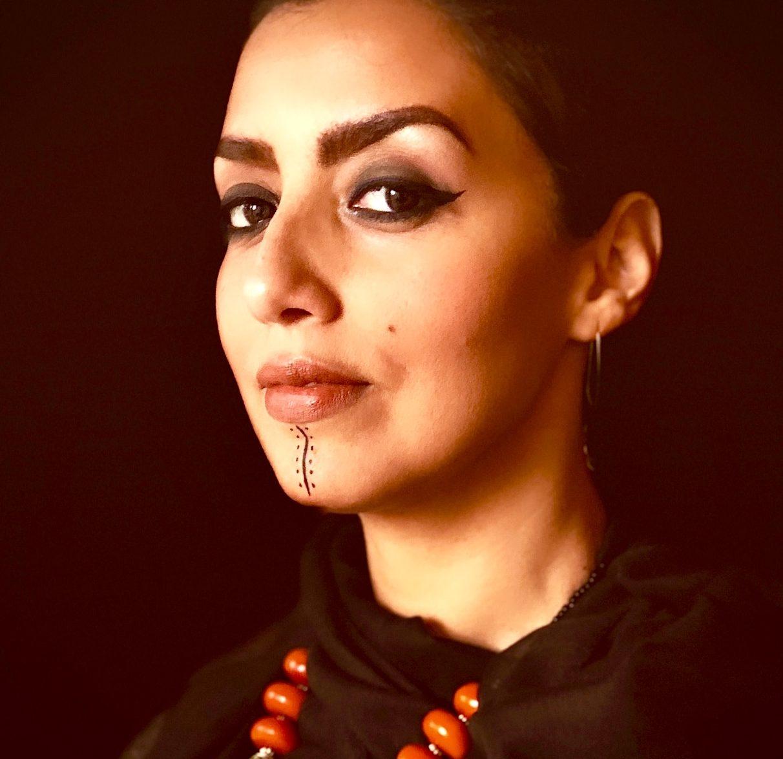 مونية مناور Mounia Mnouer